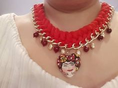 920fd202ee34 D.I.Y. Collares De Frida Kahlo facil. - YouTube Collares Trenzados