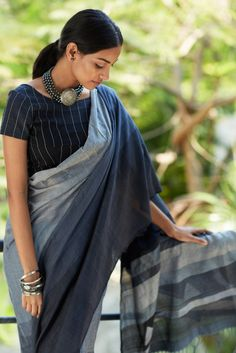 Buy Grey Colored Silk Fabric Designer Wear Beautiful Saree With Designer Blouse - Simple Sarees, Trendy Sarees, Stylish Sarees, Ethnic Fashion, Indian Fashion, Pink Fashion, Cotton Saree Blouse Designs, Blouse Patterns, Formal Saree