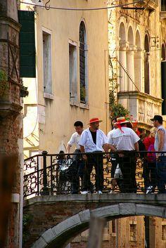 Gondolieri, Venice