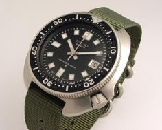 SEIKO 6105 (thought it was interesting to learn that this is the same watch that Martin Shean was wearing in the movie (Apocolapse  Now)