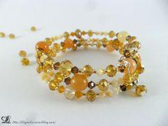 Bracelet semi-rigide orange et beige en perles cristal Swarovski et perles d'agate : Bracelet par lilyperles