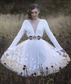 12207af107de svadobné šaty - folk art Jaroslava Wurll Kočanová - AtelierDeCouture