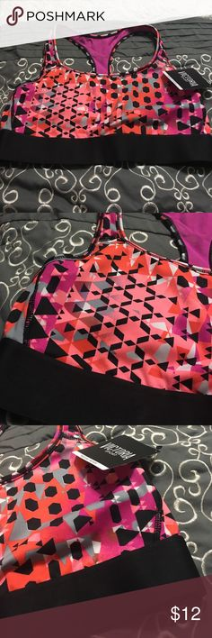 💥New Victoria's Secret Racerback sports bra Size medium new Victoria's Secret Intimates & Sleepwear Bras