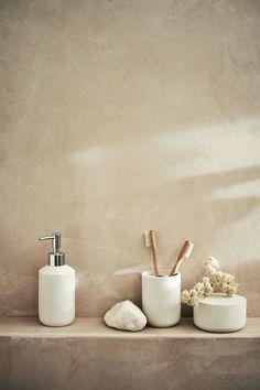 Faux Stone Soap Dispenser - Cream - Home All Modern Bathroom Design, Bathroom Interior, Simple Interior, Interior Design, Luxury Interior, Hm Home, Casa Clean, Tadelakt, Faux Stone