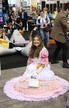 Kaylee cosplay at Chicago Comic Con - Imgur
