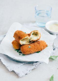 Kaaskroketten #cheese #croquettas