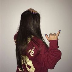 Image about girl in Meninas 💅💄👑 by Ka on We Heart It Tumblr Selfies, Ft Tumblr, Picture Poses, Photo Poses, Picture Photo, Tmblr Girl, Photographie Portrait Inspiration, Tumblr Fashion, Girl Photography Poses