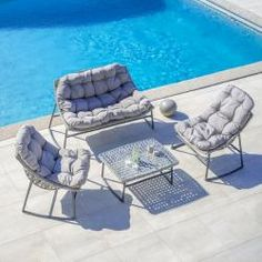 Reduced poly rattan seating groups- Reduzierte Polyrattan Sitzgruppen Garden set Cathy in gray including table BessagiBessagi - Balcony Chairs, Outdoor Seating, Outdoor Decor, Diy Chair, Sun Lounger, Outdoor Furniture Sets, Armchair, Grey, Table