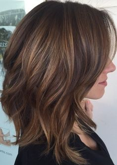 Medium Hairstyles and Haircuts for Shoulder Length Hair in 2019 TRHs Shoulder Lenght Hair Hair Haircuts hairstyles length medium shoulder TRHs Thick Hair Styles Medium, Medium Length Hair With Layers, Medium Hair Cuts, Short Hair Cuts, Curly Hair Styles, Medium Lengths, Thick Hair With Layers, Cuts For Thick Hair, Long Bob Cuts