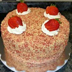 Strawberry shortcake cheesecake @keyingredient #cake #cheese #cheesecake