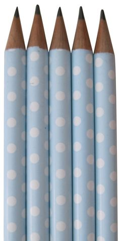 quenalbertini: Baby blue and white dot pencils Love Blue, Blue And White, Bleu Pastel, Pastel Colours, Color Celeste, Shabby, Blue Tones, Blue Polka Dots, Country Blue