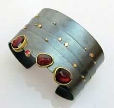 Garnet Strata cuff