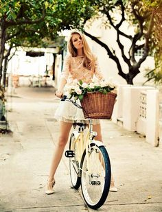 Elegance on a bicycle seat