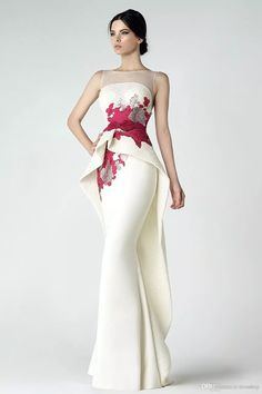 2019 Chic Sheer Bateau Neck Lace Appliqued Mermaid Prom Dresses Sleeveless Backless Floor Length Formal Evening Gowns Dress Vestidos De - All The World Wedding Ideas Evening Party Gowns, Long Evening Gowns, Elegant Dresses, Pretty Dresses, Formal Dresses, Long Dresses, Dresses Dresses, Formal Wear, Dress Long