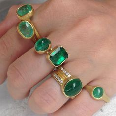 Shades of Emerald @QUADRUM