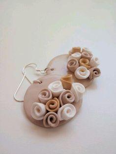 Aretes rosas