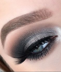 15 Simple Flawless Silver Eye Makeup For Prom - - Make Up Prom Eye Makeup, Summer Eye Makeup, Orange Eye Makeup, Bridal Eye Makeup, Asian Eye Makeup, Gold Eye Makeup, Silver Eyeshadow, Creative Eye Makeup, Simple Eye Makeup
