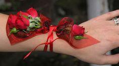 wrist-corsage.jpg (350×195)