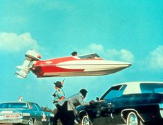 James Bond fährt nicht in Booten, er fliegt in ihnen. ©1962-2012 Danjaq LLC and United Artists Corporation. All rights reserved.