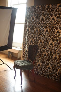 love the pattern of the fabric.  need this for the back drop for nsy pictures
