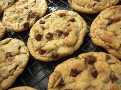 Wonderland Pastacılık: Starbucks Usulü Damla Çikolatalı Kurabiye