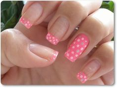 very cute idea, 4 just tips and 1 all the way polished! may have to try this =)