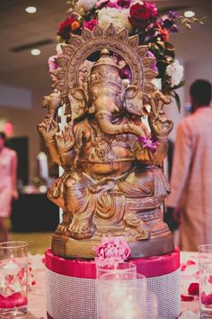 indian foyer Decorations | indian-wedding-decor-foyer-ganesha