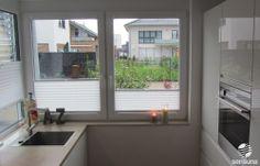 sensuna® weiße Plissee Faltstores an Küchenfenstern / sensuna® white pleated blinds on the kitchen-windows