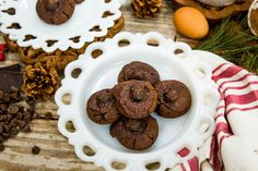 Actress Cerina Vincent is making some delicious cookies that will cure anybody's sweet tooth.