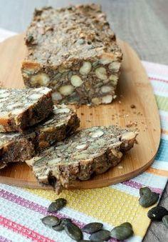 Rezept für ein gesundes Low Carb Brot mit Nüssen und Saaten - Gaumenfreundin.de Foodblog