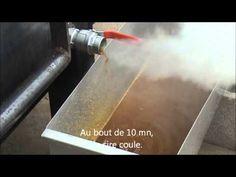 Vidéo chaudière à cire - Fonte des cadres - - YouTube