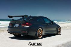 BMW M4 GTS matt black HRE P101 Sintonia 2 foto