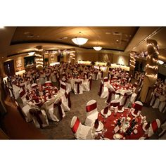 Wisconsin Wedding Reception At Brett Favres Steakhouse And Banquets Located In Green Bay