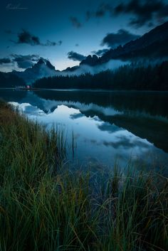 Blue Hour before sunset Lago di Misurina