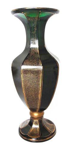 Prunkvolle geschliffene Vase, Josephinenhütte, Haertel