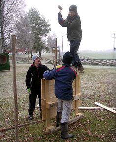 Adventure play - construction play in the school. Project Aurskog/Høland. Frode Svane.