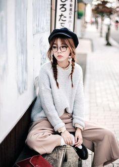 Ideas For Glasses Korean Girls Ulzzang Fashion Kawaii Fashion, Cute Fashion, Look Fashion, Fashion Beauty, Girl Fashion, Fashion Outfits, Fashion Trends, 30s Fashion, Fashion Styles