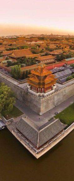 紫禁城 北京 The Forbidden City(The Palace Museum) Places Around The World, Oh The Places You'll Go, Travel Around The World, Places To Travel, Places To Visit, Around The Worlds, Laos, Beautiful World, Beautiful Places