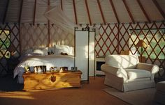 30' Yurts - Pacific Yurts  I love the way this looks!