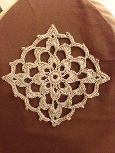 Lacy Granny Motif By Lin Wibisono - Free Crochet Pattern - (ravelry)