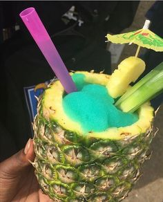 Image discovered by Brandy Truitt. Find images and videos about tropical, drinks and pineapple on We Heart It - the app to get lost in what you love. Candy Drinks, Yummy Drinks, Yummy Food, 17 Kpop, Alcohol Drink Recipes, Frozen Drinks, Food Goals, Aesthetic Food, Food Cravings