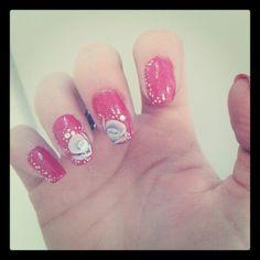 Big roses nail art
