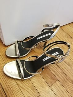 79d53bdd718 Gold strappy heels ankle strap Sz 41   Other Stories Never Worn  fashion   clothing