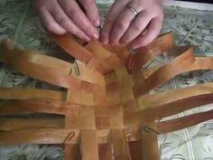 Chalk Crafts, Diy And Crafts, Arts And Crafts, Twigs Decor, Straw Weaving, Primitive Technology, Bamboo Crafts, Handbag Patterns, Birch Bark