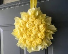 Summer front door wreaths should be as inviting as the Summer sun, so this Sunflower Wreath is a great choice if you're looking for Summer wreath ideas! With a lot of tissue paper and some patience, you can learn how to make a wreath just like this! Tissue Paper Wreaths, Paper Flower Wreaths, Sunflower Wreaths, Flower Crafts, Crepe Paper, Craft Flowers, Paper Rosettes, Floral Wreaths, Wreath Crafts