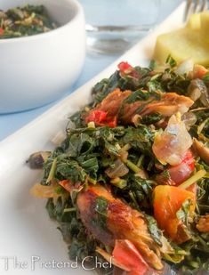 Healthy, flavourful and fresh smoked fish with greens Nigerian Stew, Nigerian Food, Chef Recipes, Healthy Recipes, Sauce Recipes, African Salad, Smoked Fish, Fish Salad, Fish And Meat