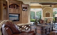 Diy Interior Furniture, Bay Window Exterior, Mediterranean Style Homes, Custom Homes, Luxury Homes, Family Room, Indoor, House Design, Mansions