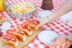 Why Maine Lobster Rolls Are the Best Lobster Rolls~ America's Iconic eats