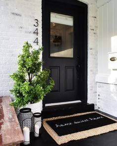50 Stunning Modern Farmhouse Front Door Entrance Ideas - Interior and Exterior Design - Front Door Entrance, Front Door Decor, Fromt Porch Decor, Fromt Porch Ideas, Front Door Numbers, House Numbers, Front Door Porch, Porch Entry, Front Porch Decorations