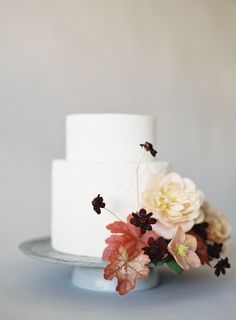 9 Romantic Botanical Inspired Cakes with real Flowers | Jen Huang, Studio…